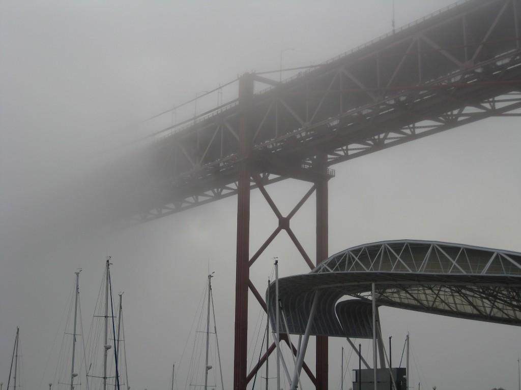 Most 25. Kwietnia